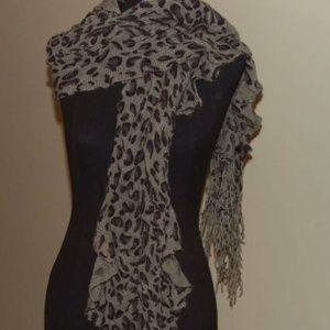 D&Y Leopard Ladies Scarf Muffler Grey & Black New